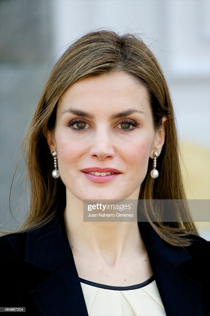 Spanish Royals Receive President Of Colombia : News Photo