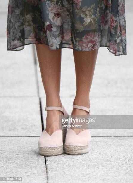 Queen Letizia of Spain shoe detail arrives for a visit to the Fine Arts Museum with King Felipe of Spain on July 17 2020 in Bilbao Spain This trip is...