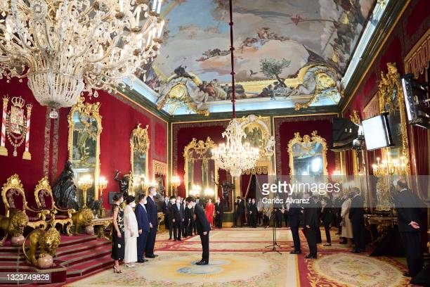 Queen Letizia of Spain, South Korean first lady Kim Jung-sook, South Korean President Moon Jae-in and King Felipe VI of Spain attend a State Dinner...