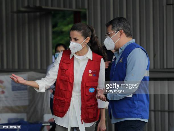 Queen Letizia of Spain speaks with Honduran President Juan Orlando Hernandez during an official visit to Honduras on December 15, 2020 in San Pedro...