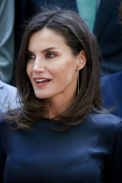 ESP: Queen Letizia Of Spain Visit Students Residence