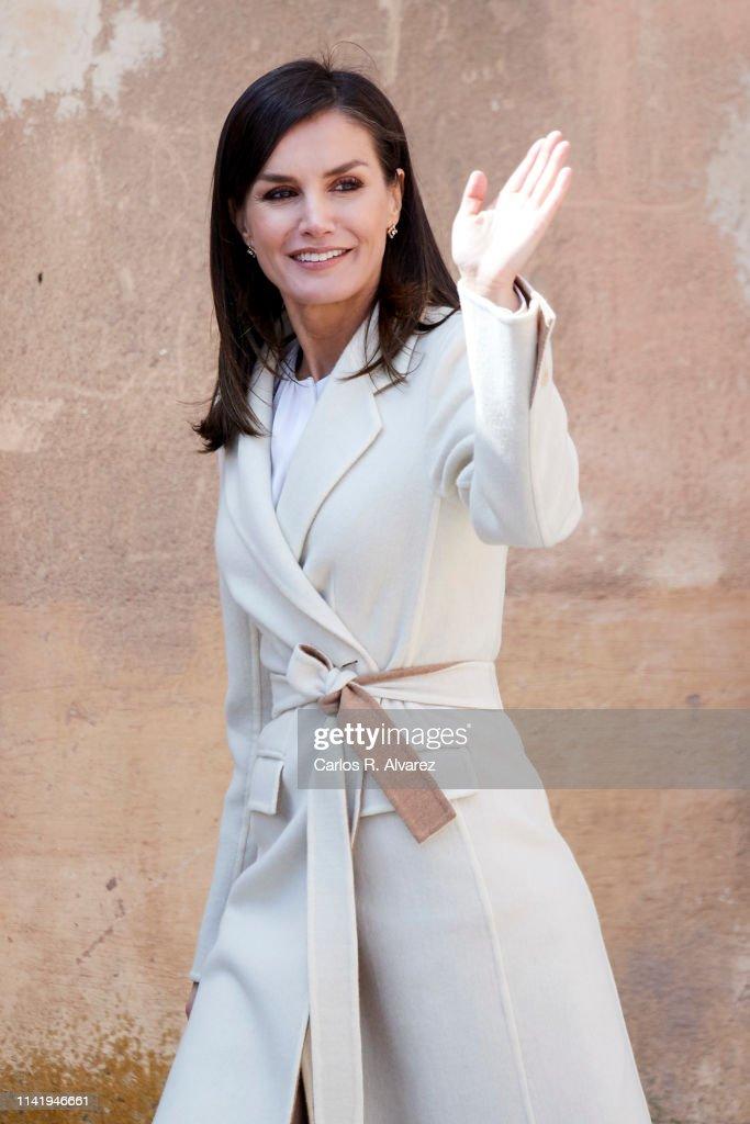 ESP: Queen Letizia Of Spain Visits 'Agneli' Exhibition In Burgos