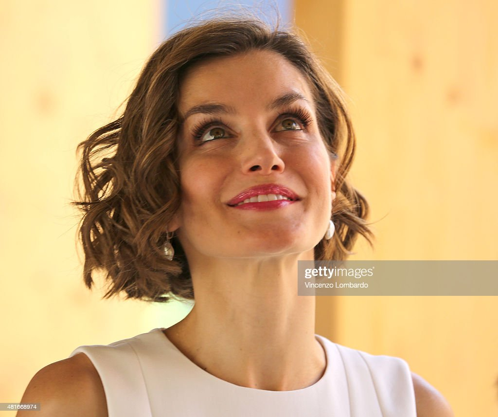 Queen Letizia of Spain Visits Expo 2015 : News Photo