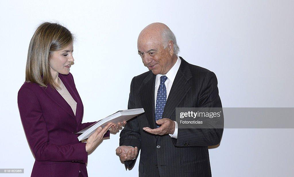 Queen Letizia Visits 'Microfinanzas BBVA' Foundation : News Photo