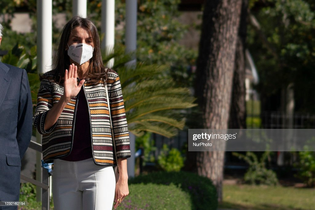 Queen Letizia Of Spain Visits Mutua Madrilena Headquarters : News Photo