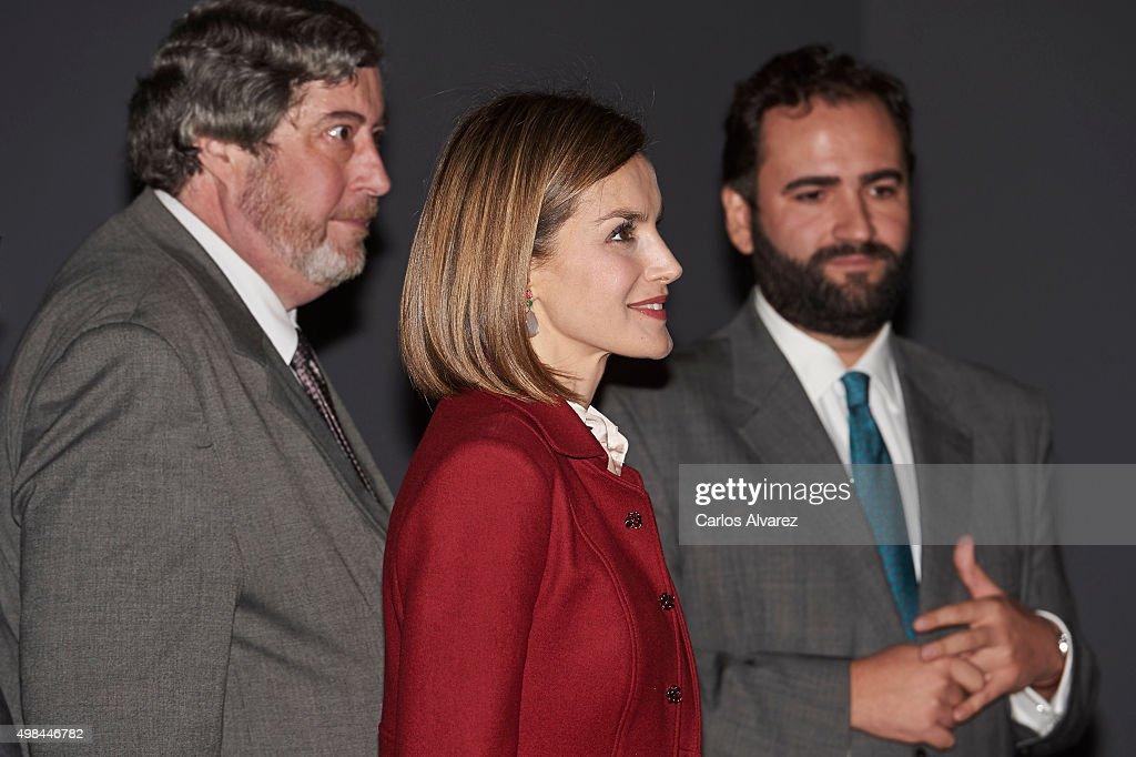 Queen Letizia of Spain (C) visits the 'Ingres' exhibition at the El Prado Museum on November 23, 2015 in Madrid, Spain.
