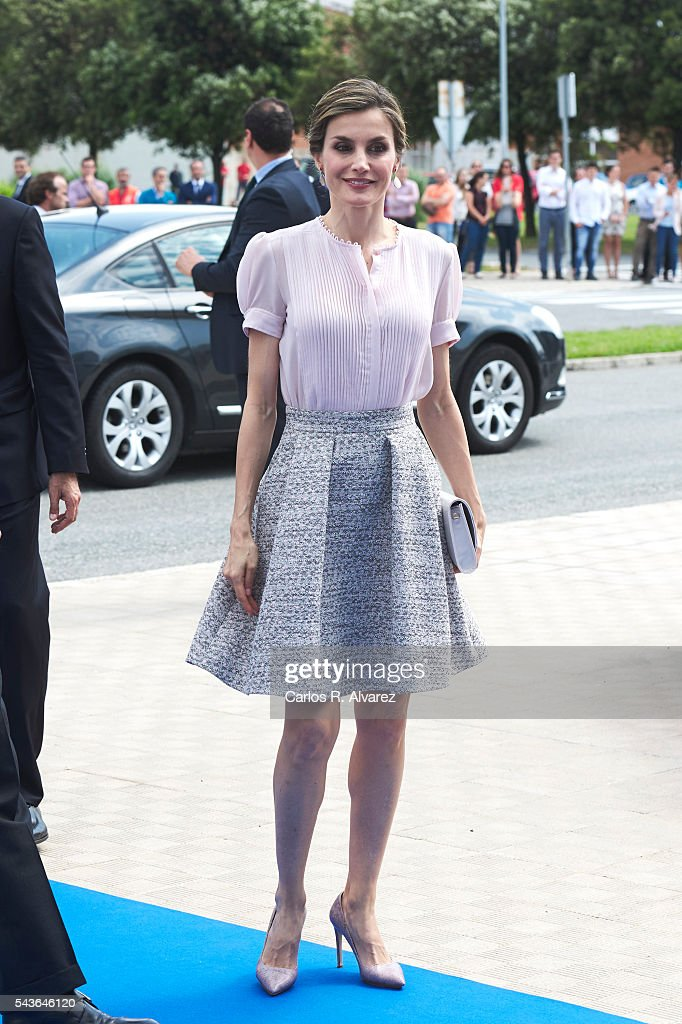 Spanish Royals Visit Volkswagen Factory on Its 50th Anniversary : News Photo