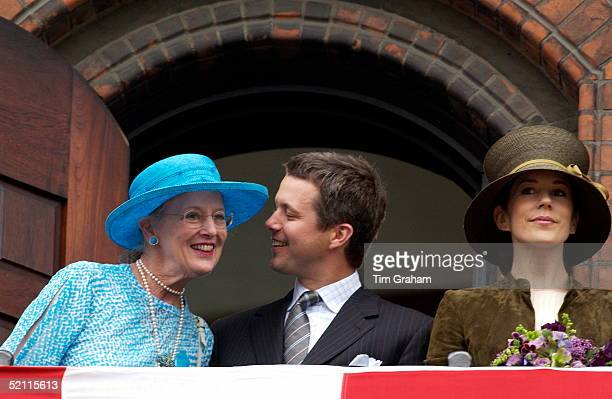 Queen Margrethe, Crown Prince Frederik And Mary Donaldson Attending A Party To Celebrate Their Marriage At The Copenhagen City Hall