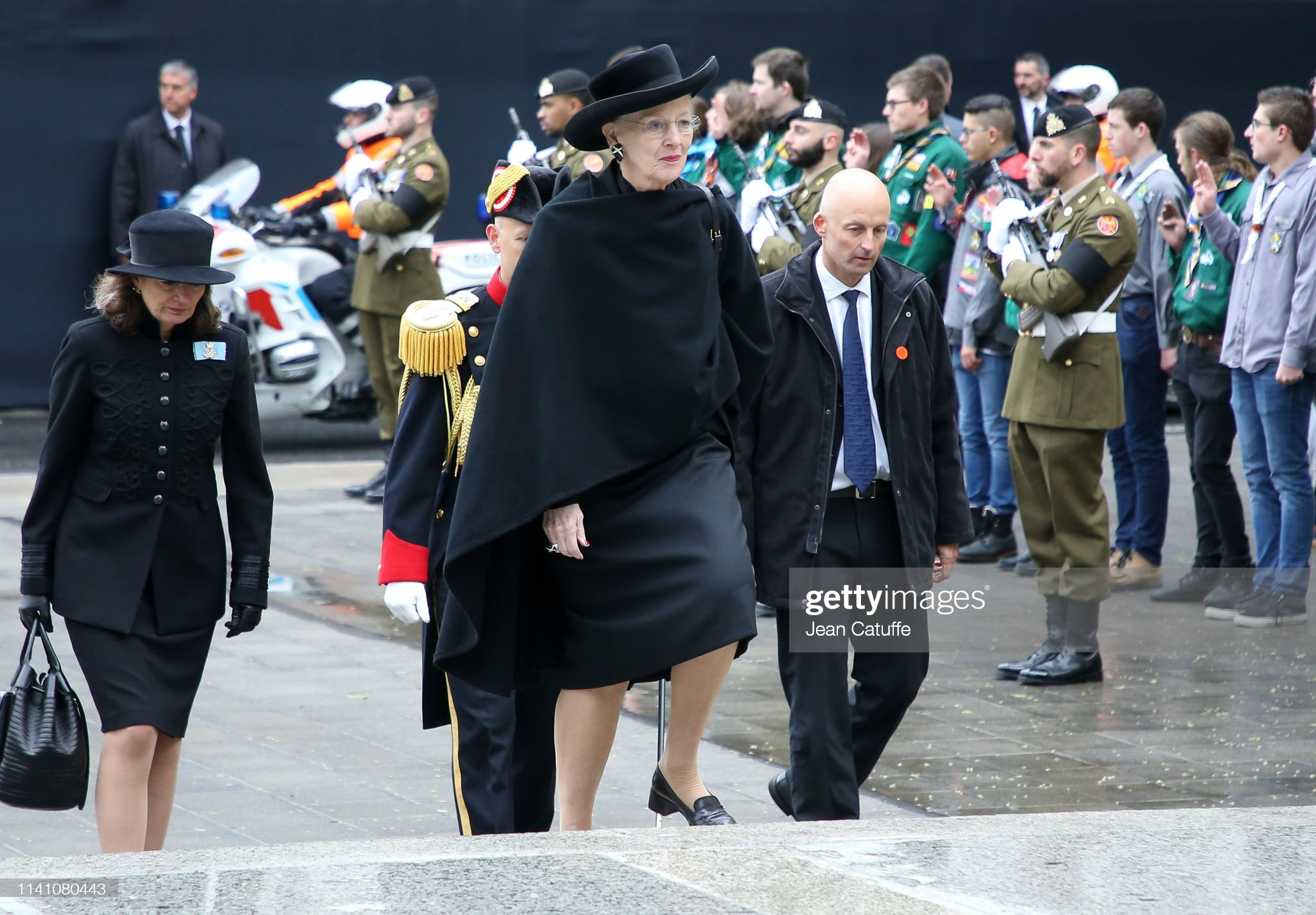 Похороны Великого Герцога Жана https://media.gettyimages.com/photos/queen-margrethe-ii-of-denmark-arrives-for-the-funeral-of-grand-duke-picture-id1141080443?s=2048x2048
