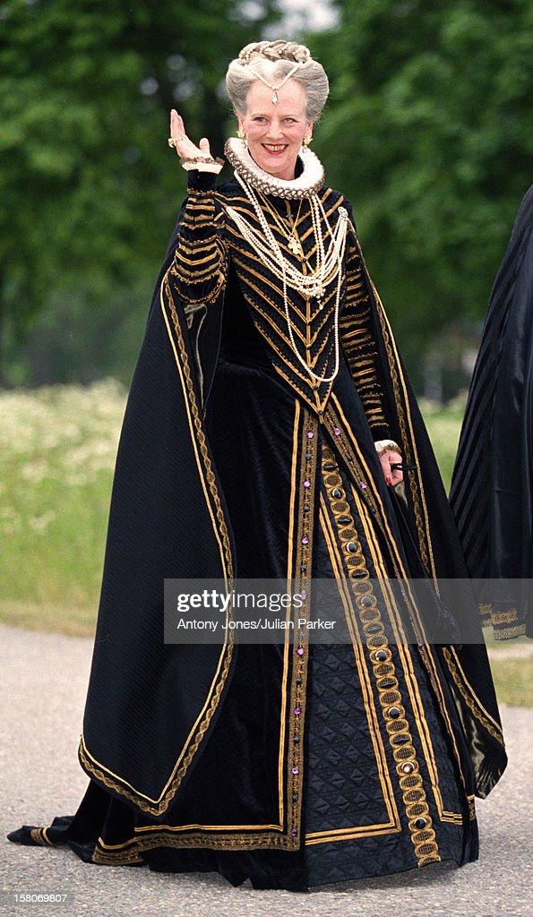 Celebrations For King Carl Gustav & Queen Silvia'S 25Th Wedding Anniversary : News Photo