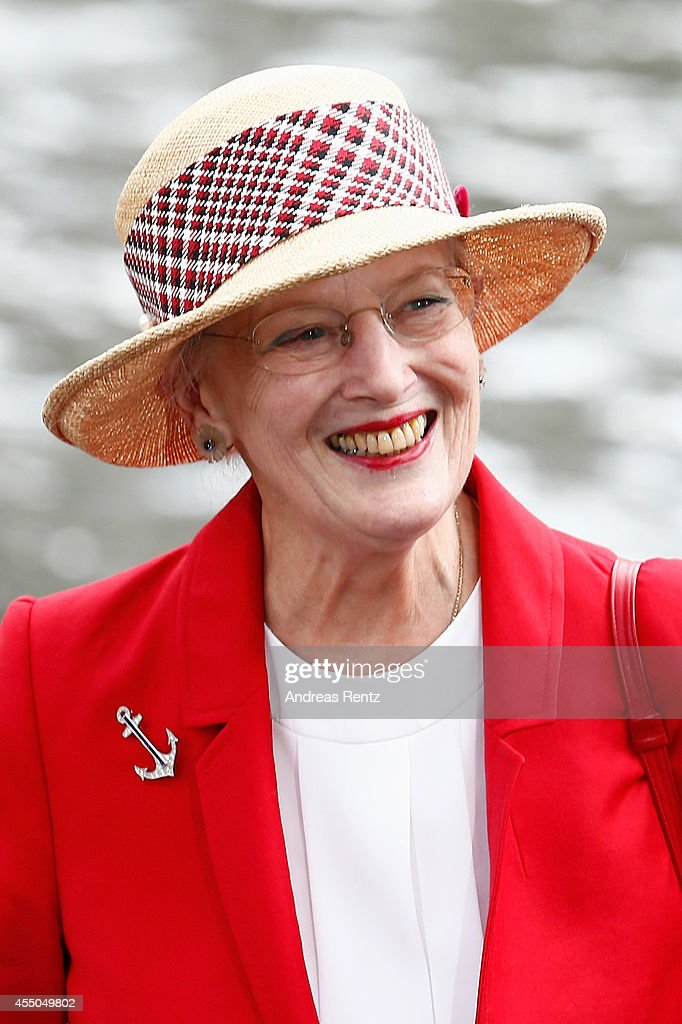 Queen Margrethe II Of Denmark Visits Berlin - Day 1 : News Photo