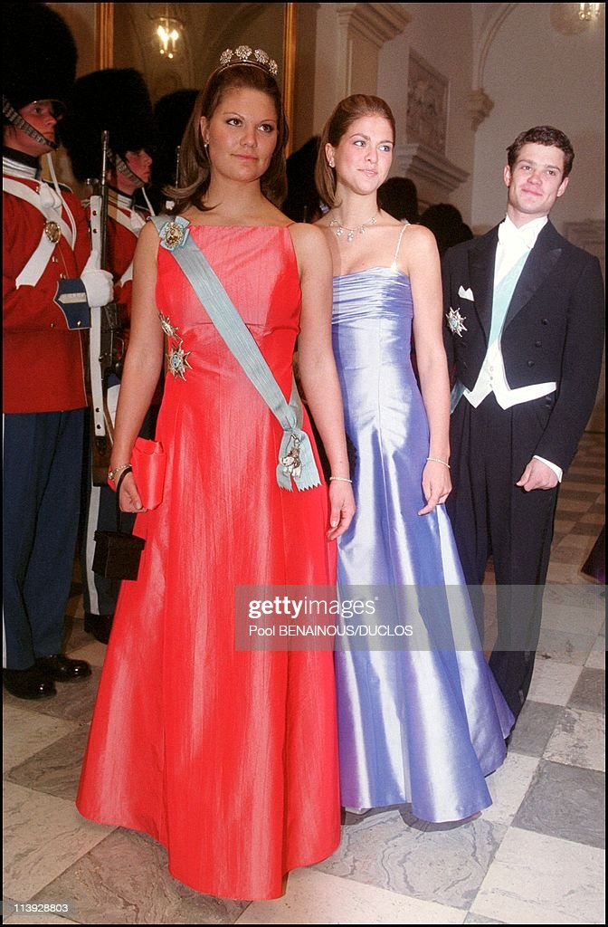 Queen Margrethe Of Denmark Celebrates 60Th Birthday : Evening Gala At The Christianborg Palace In Copenhagen, Denmark On April 16, 2000- : News Photo