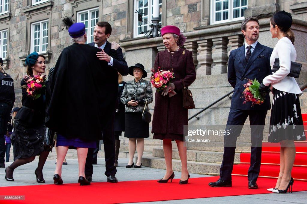 The Danish Royal Family Attend Parliaments Celebration Of Reformation Anniversary : Foto jornalística