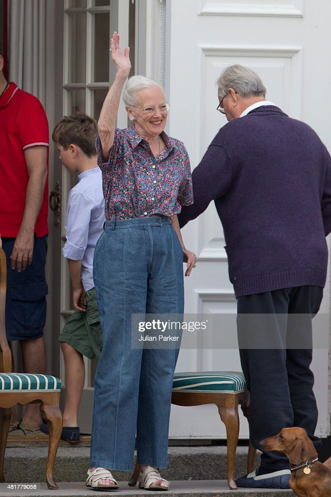 The Danish Royal Family Watch The Guard Change At Grasten Castle : News Photo