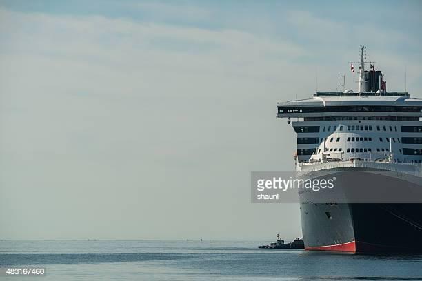 客船クイーン・メリー号 2 - rms クイーン メアリー 2 ストックフォトと画像