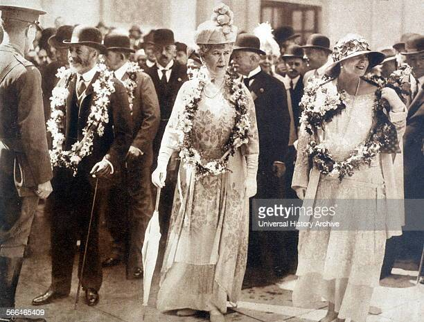 Queen Mary of Great Britain with Queen Marie of Romania 1924.