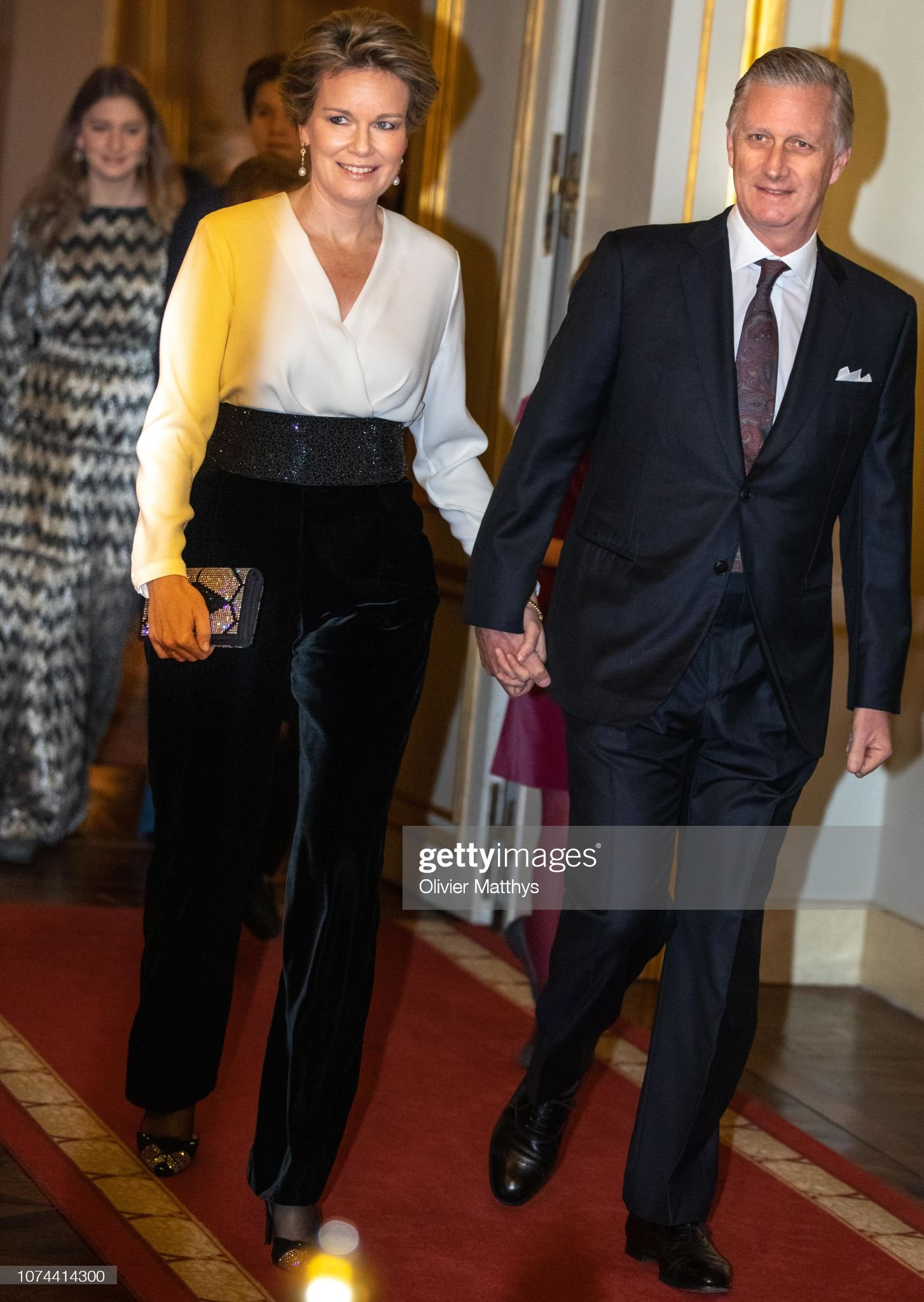 Вечерние наряды Королевы Матильды Belgian Royal Family Attends Christmas Concert In Royal Palace : News Photo