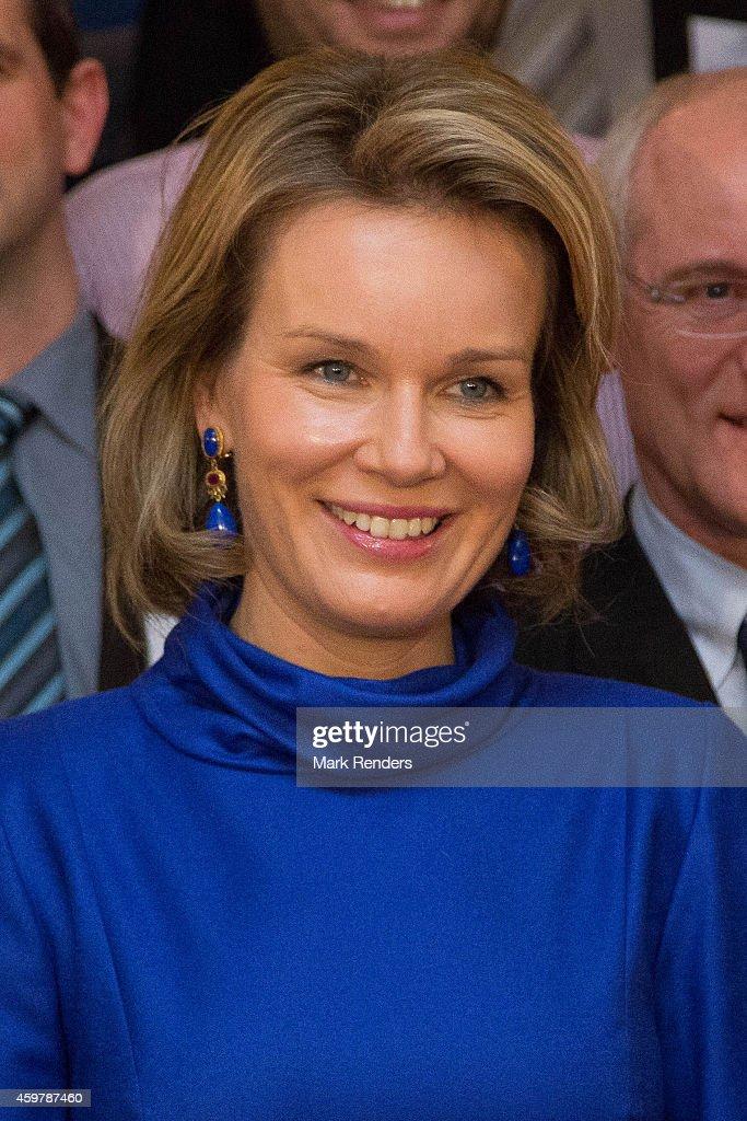 Queen Mathilde Of Belgium Visits 'La Fondation Contre Le Cancer in Brussels : News Photo