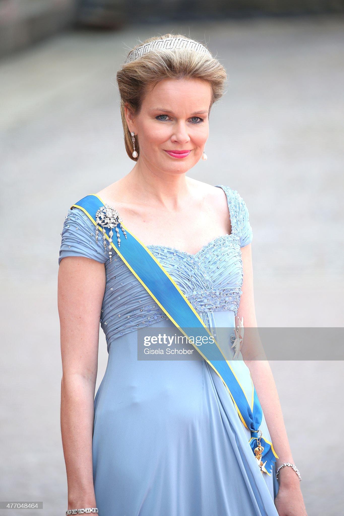 Вечерние наряды Королевы Матильды Ceremony And Arrivals: Wedding Of Prince Carl Philip Of Sweden And Sofia Hellqvist : News Photo