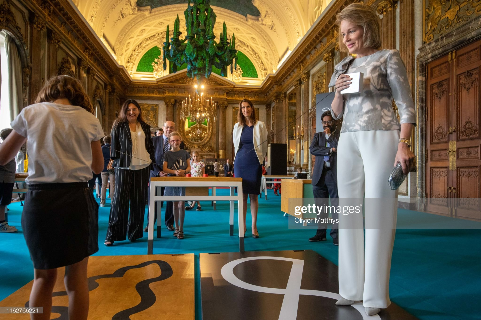 CASA REAL BELGA - Página 54 Queen-mathilde-of-belgium-attends-the-technopolis-section-of-the-at-picture-id1162766221?s=2048x2048