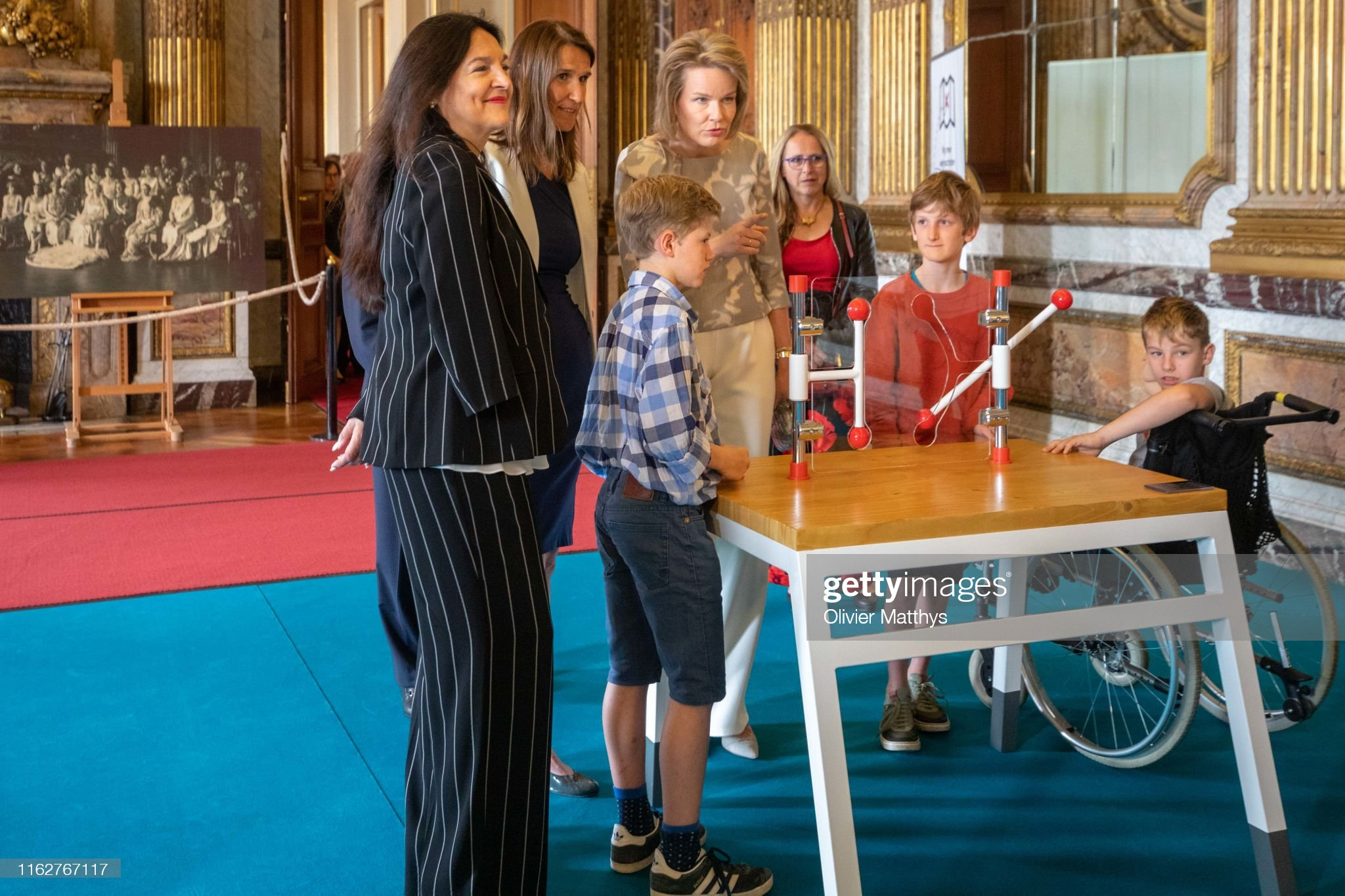 CASA REAL BELGA - Página 54 Queen-mathilde-of-belgium-attends-the-technopolis-section-of-the-at-picture-id1162767117?s=2048x2048