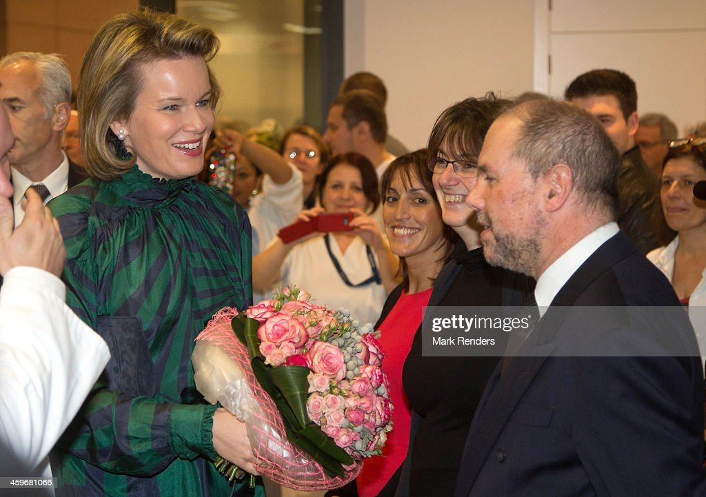 Queen Mathilde of Belgium visits the Medical Center for Assistance to the Victims Excision (CeMAViE) at CHU Saint Pierre on November 28, 2014 in Brussel, Belgium.