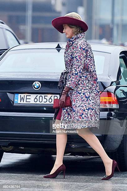 Queen Mathilde of Belgium visits the Tomb of the Unknown Soldier as part of official Royal visit in Poland on October 13 2015 in Warsaw Poland