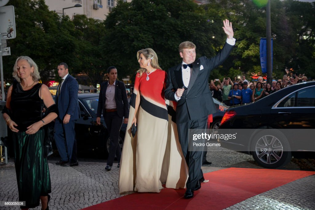 Queen Maxima and King Willem-Alexander of The Netherlands arrive at Teatro Nacional D. Maria II to attend a concert on October 11, 2017 in Lisboa CDP, Portugal.