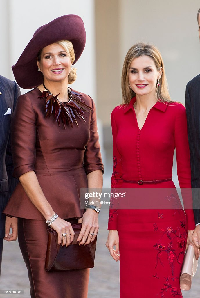 Queen Maxima of the Netherlands and Queen Letizia of Spain at The Noordeinde Palace on October 15, 2014 in The Hague, Netherlands.