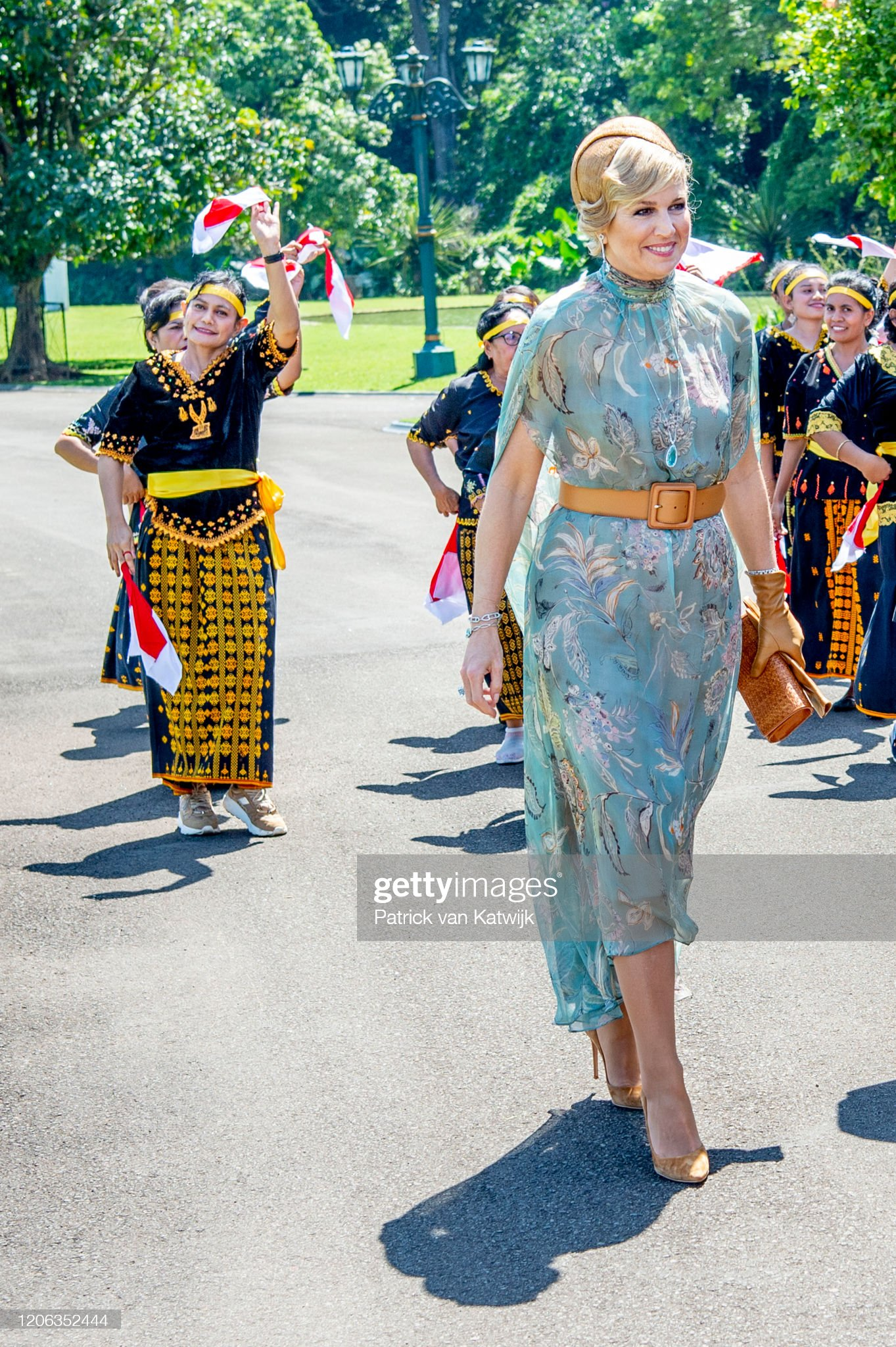 https://media.gettyimages.com/photos/queen-maxima-of-the-netherlands-are-welcomed-by-president-jcand-his-picture-id1206352444?s=2048x2048