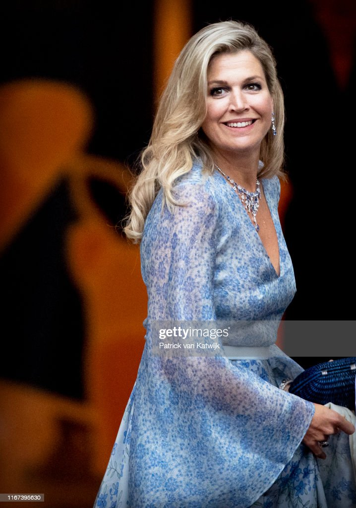 King Willem-Alexander Of The Netherlands And Queen Maxima Host Gala Diner For Council At Noordeinde Palace : News Photo