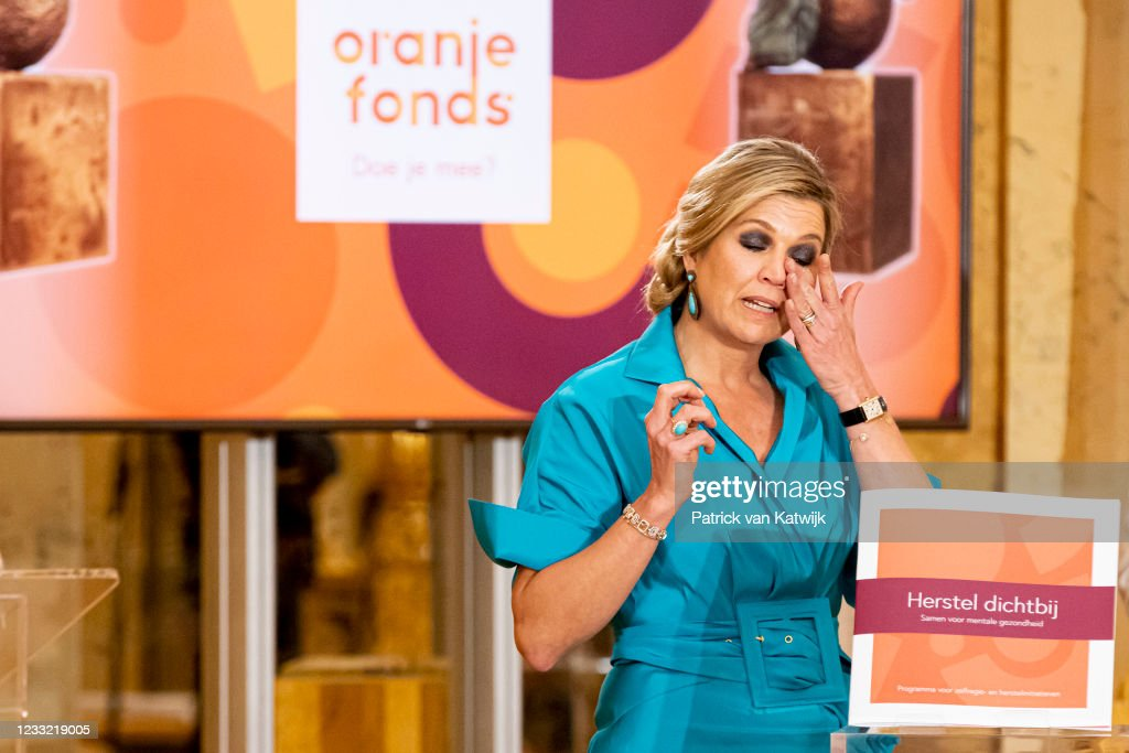 King Willem-Alexander Of The Netherlands And Queen Maxima Attend The Appeltjes Van Oranje Award Ceremony : Nieuwsfoto's
