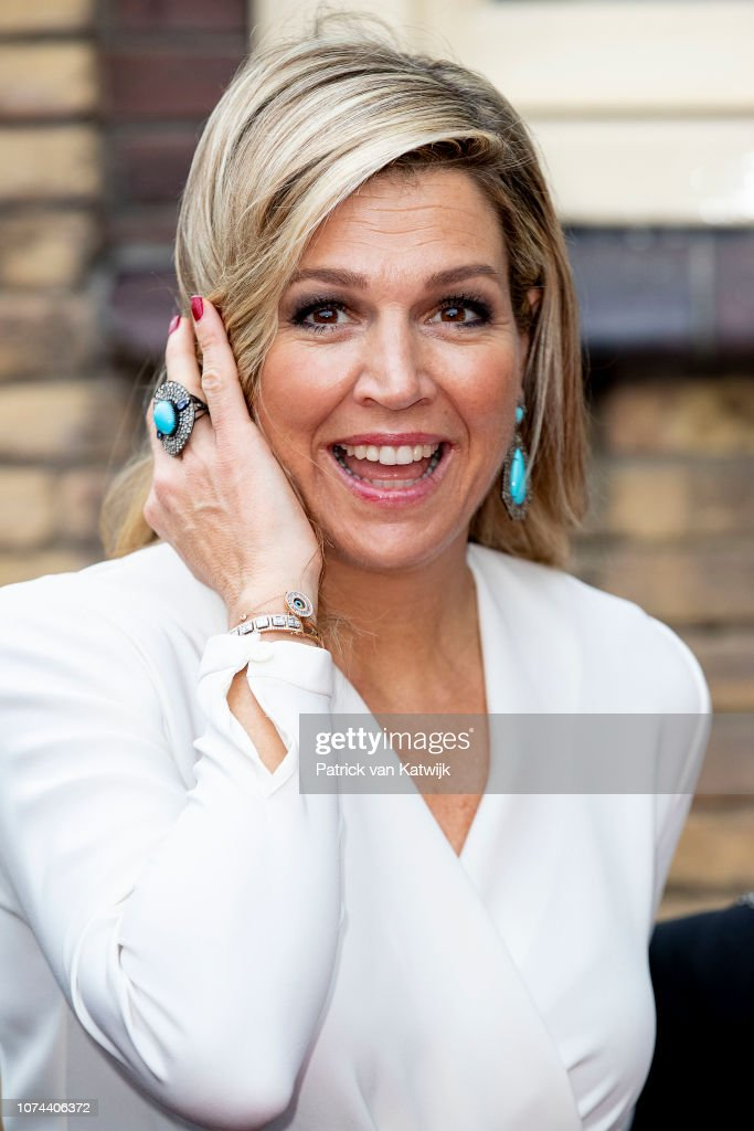 Queen Maxima Of The Netherlands The Christmas Conert Of Biggest Schooland : News Photo
