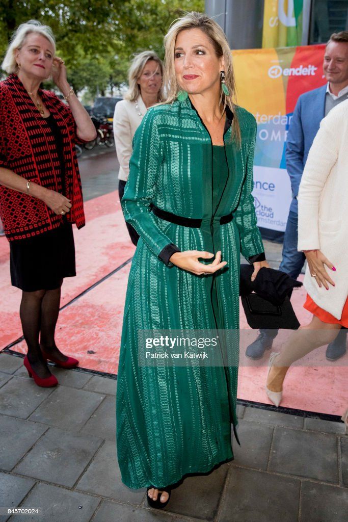 Queen Maxima attends the LOEY Awards for best online entrepreneur in Amsterdam : Nieuwsfoto's