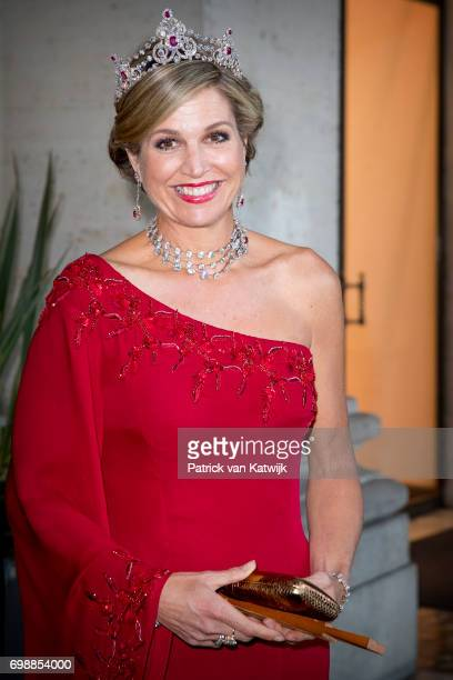 Queen Maxima of The Netherlands attends the official state banquet presented by President Sergio Mattarella and his wife Laura Mattarella at the...