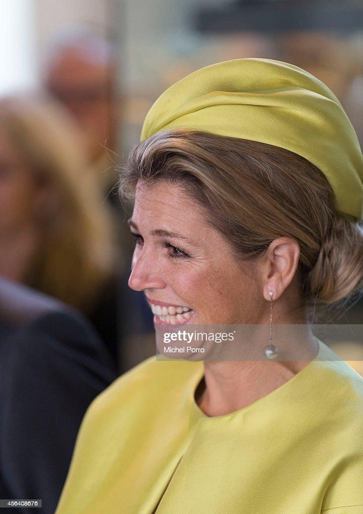 Queen Maxima Of The Netherlands Opens Micropia Museum : ニュース写真
