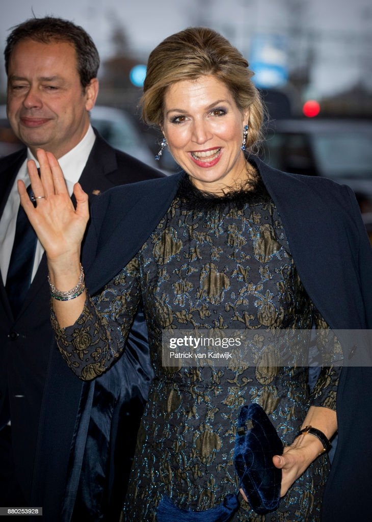 Queen Maxima Of The Netherlands Attend the Prince Bernhard Culture Foundation award In Amsterdam : Nieuwsfoto's