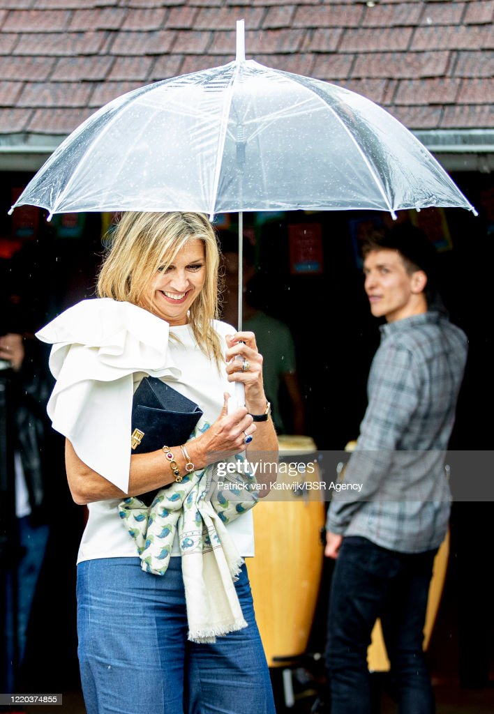 Queen Maxima Of The Netherlands Attends More Music In The Class Project in Puttershoek : News Photo