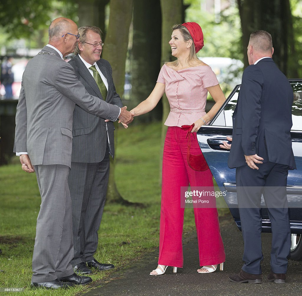Queen Maxima Of The Netherlands Attends World MS Day : News Photo