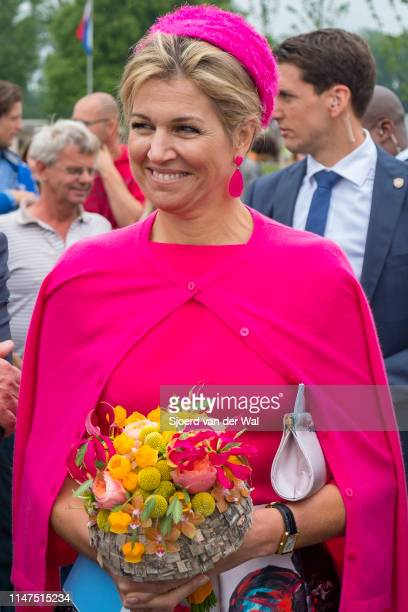 Queen Maxima of The Netherlands during a visit to the village of Nagele in the Flevoland Province on June 29 2017 in Nagele Netherlands A crowd is...
