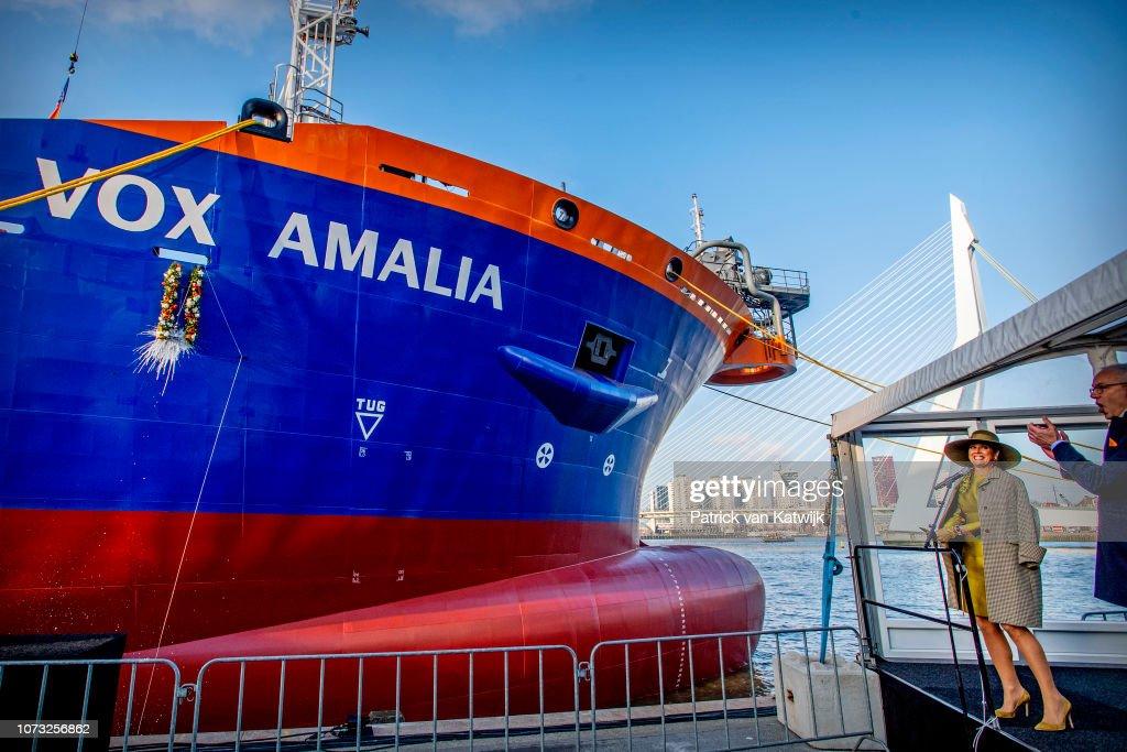 Queen Maxima naming ceremony of VOX Amalia : Nieuwsfoto's