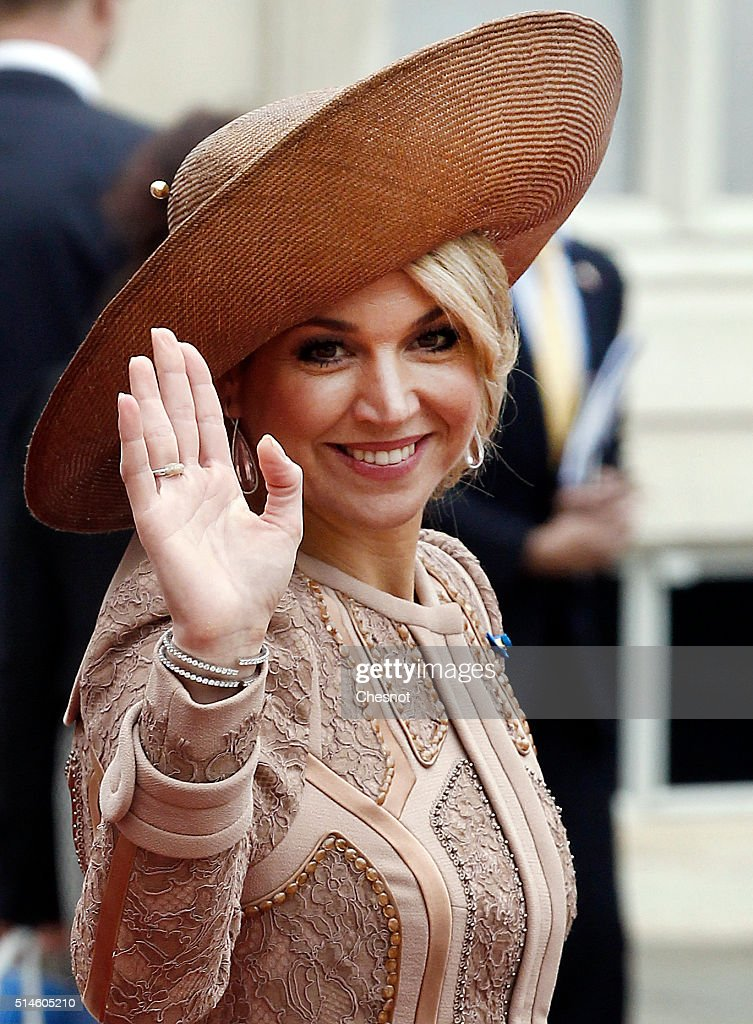 Queen Maxima of the Netherlands leaves after a meeting with French President Francois Hollande at the Elysee Presidential Palace on March 10, 2016 in Paris, France. Queen Maxima and King Willem-Alexander are on a two-day state visit in France.