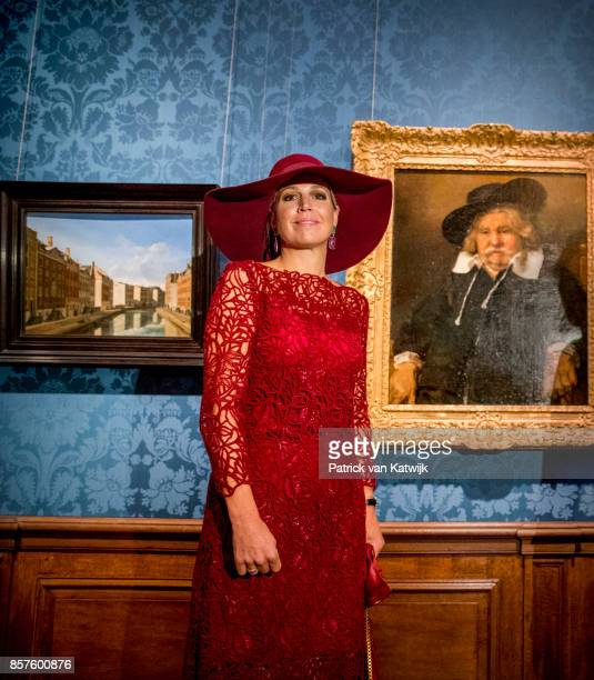 Queen Maxima of The Netherlands opens the travelling exhibition 'Ten Top Pieces On Tour' in the Mauritshuis museum on October 4 2017 in The Hague...