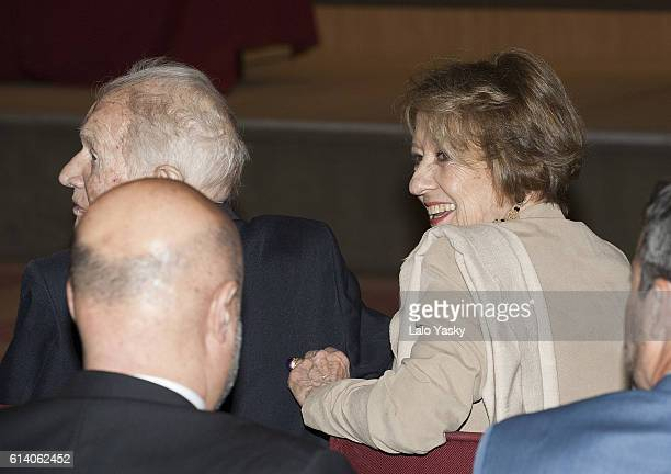Queen Maxima of the Netherlands parents Maria del Carmen Cerruti and Jorge Zorreguieta attend a conference at the UCA on October 11, 2016 in Buenos...