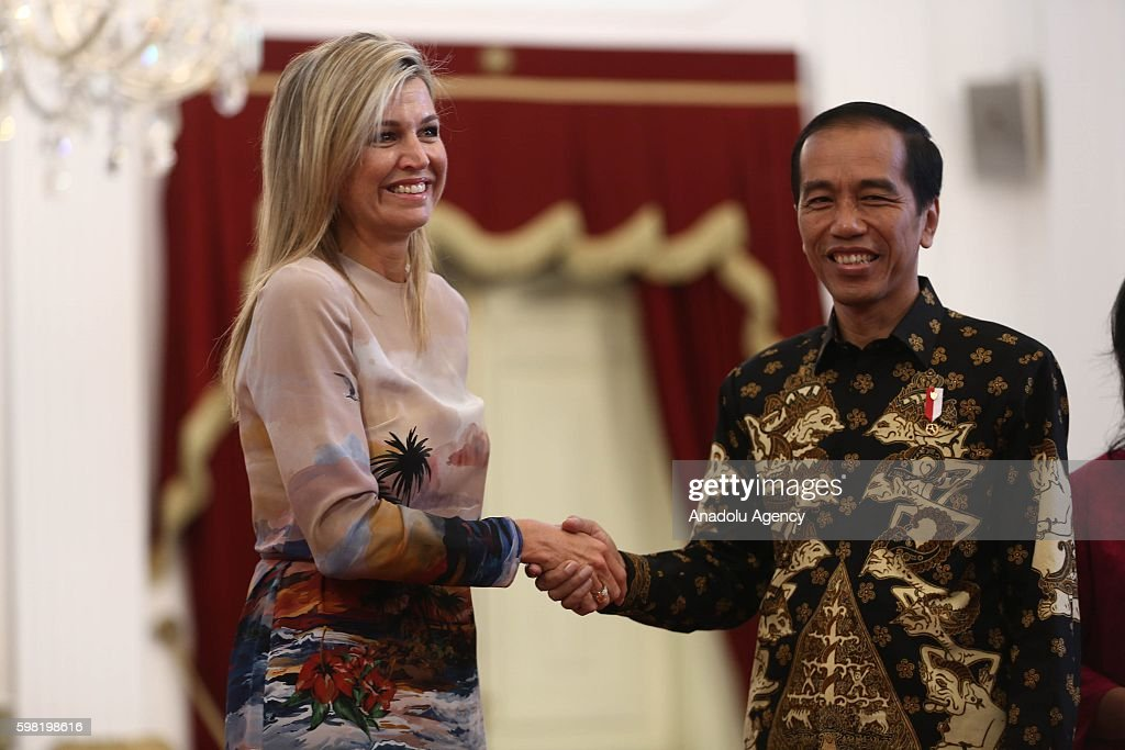 Queen Maxima of the Netherlands visits Indonesia : News Photo