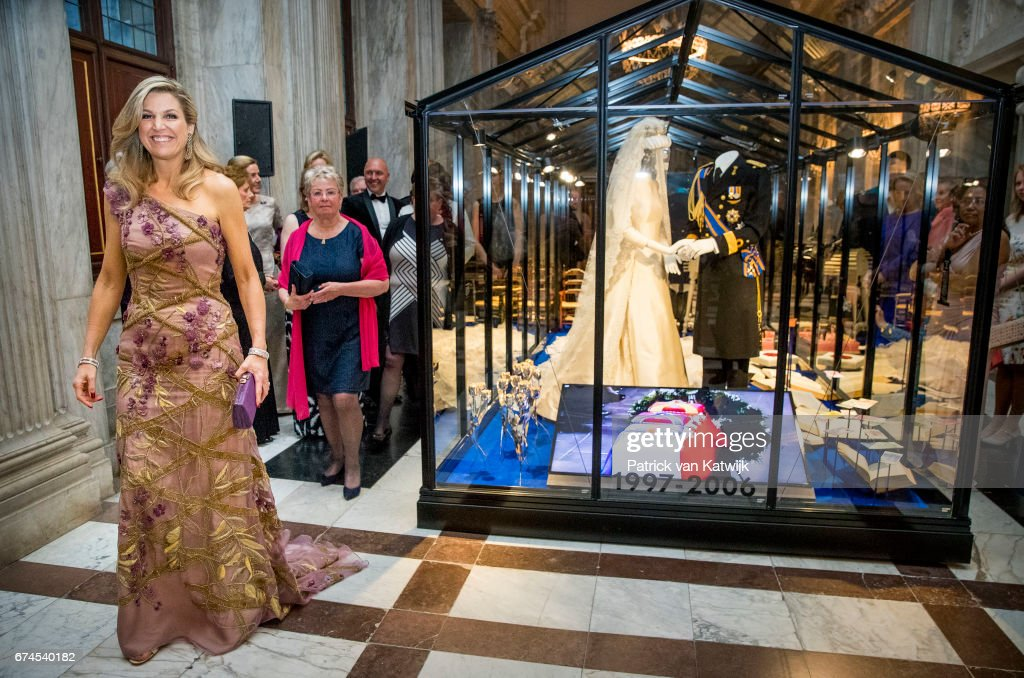 Festive Dinner And Public Opening Of Royal Palace To  Mark King Willem-Alexander's 50th Birthday In Amsterdam : Nieuwsfoto's