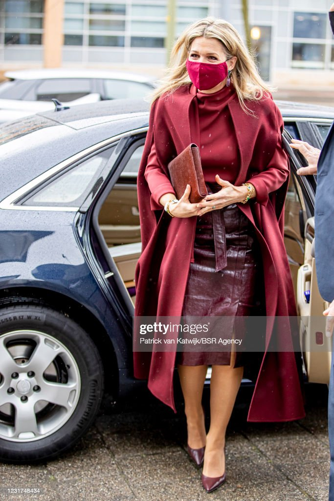 Queen Maxima Of The Netherlands visits Dance Netherlands Dance Theater in The Hague : News Photo