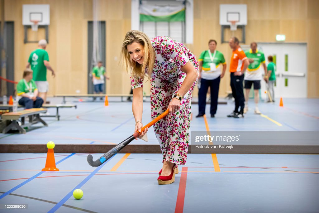 Queen Maxima Of The Netherlands  Visits the The Special Olympics National Games (SONS2021) In The Hague : Nieuwsfoto's