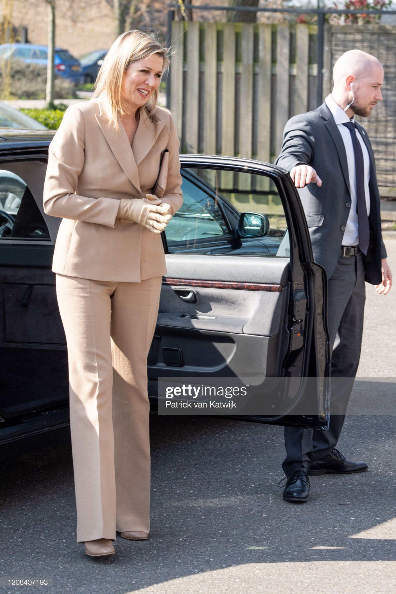 https://media.gettyimages.com/photos/queen-maxima-of-the-netherlands-visits-zuidbaak-floriculture-company-picture-id1208407193?s=2048x2048