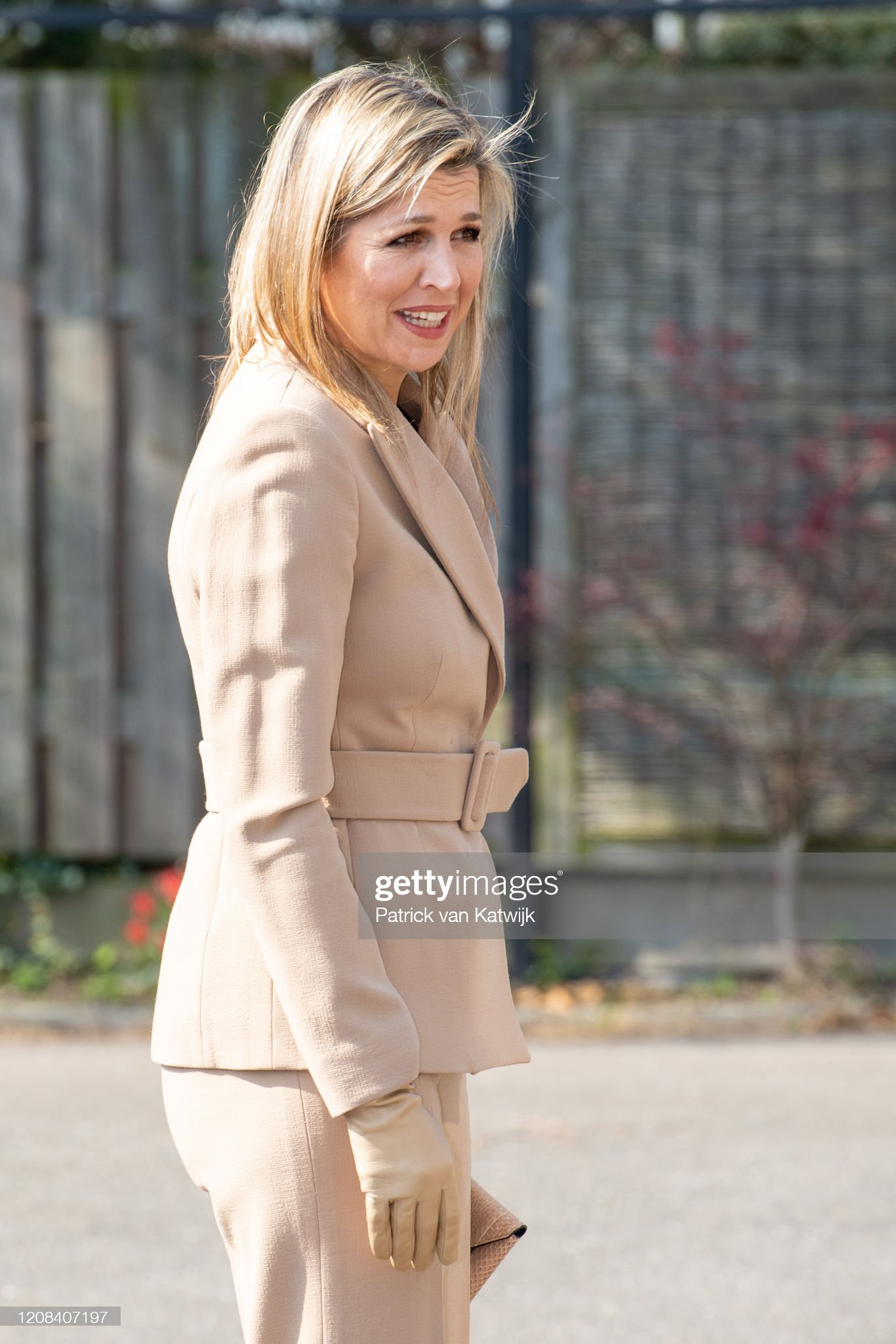 https://media.gettyimages.com/photos/queen-maxima-of-the-netherlands-visits-zuidbaak-floriculture-company-picture-id1208407197?s=2048x2048